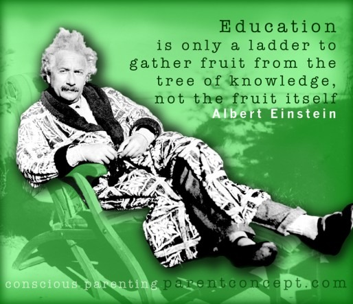 Quotagraphic in French for sharing on social media, Albert Einsten Quote on education.